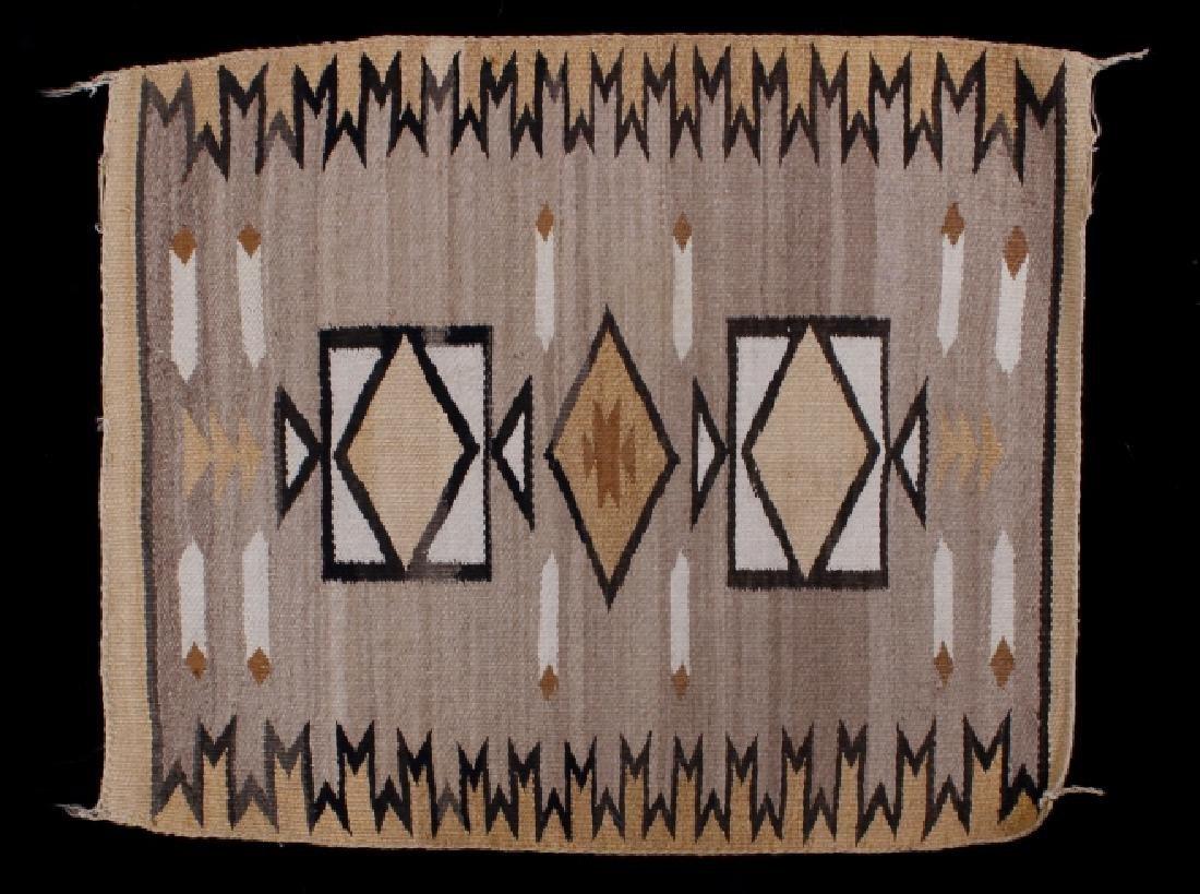 Navajo Two Grey Hills Pattern Wool Rug - 2