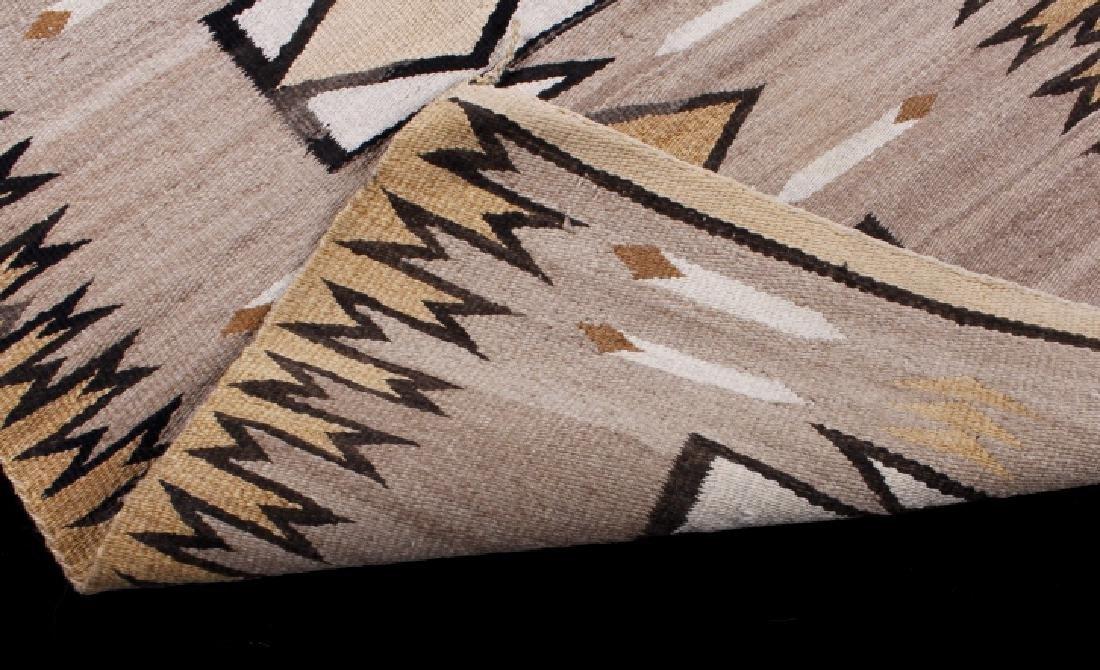 Navajo Two Grey Hills Pattern Wool Rug - 5