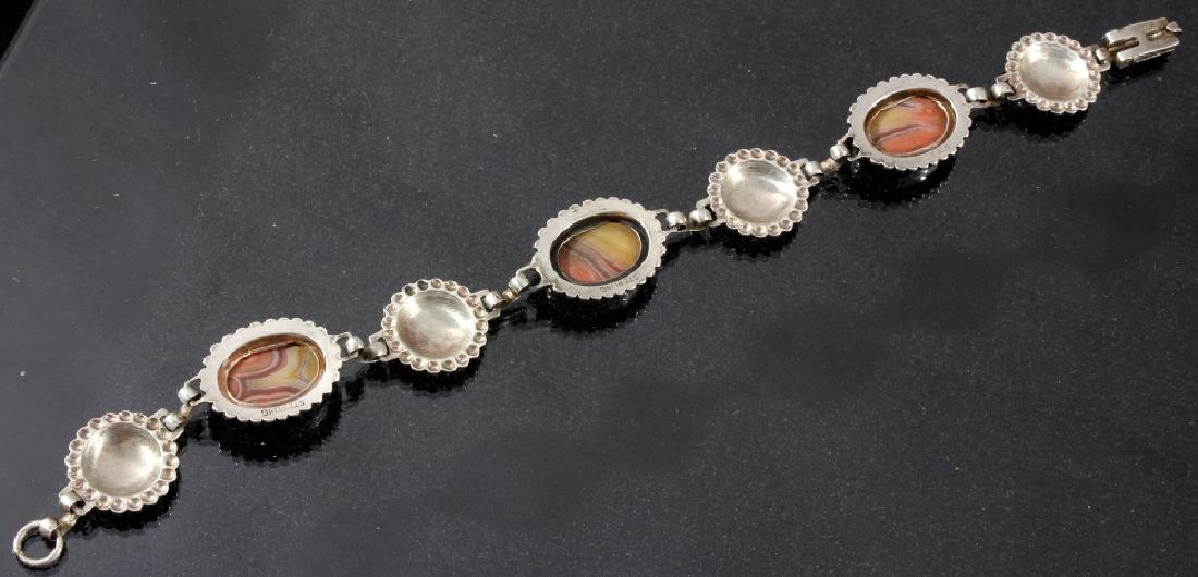 Two Sterling And Agate Link Bracelets - 10
