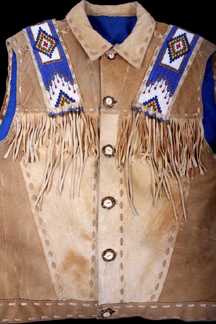 Native American Buckskin Beaded Vest, 20th Century - 2