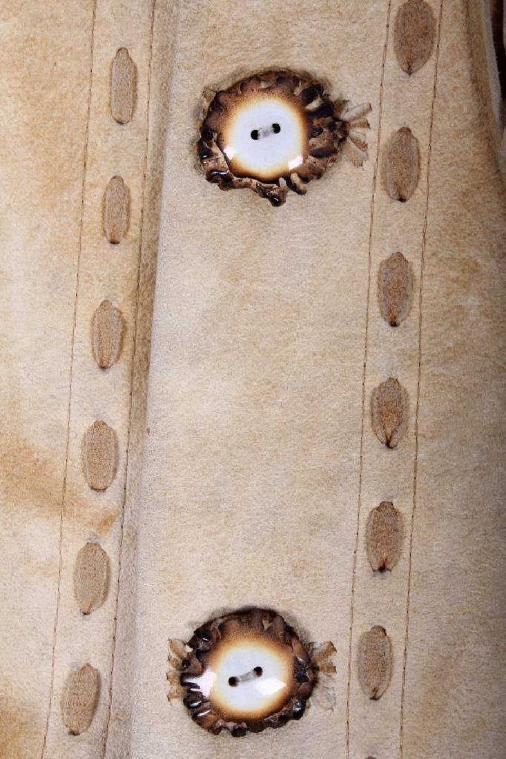 Native American Buckskin Beaded Vest, 20th Century - 3
