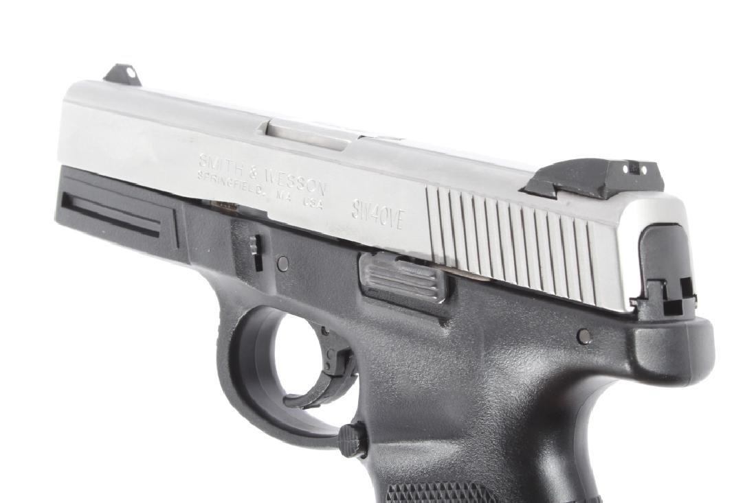 Smith & Wesson SW40VE .40S&W Semi-Auto Pistol - 11