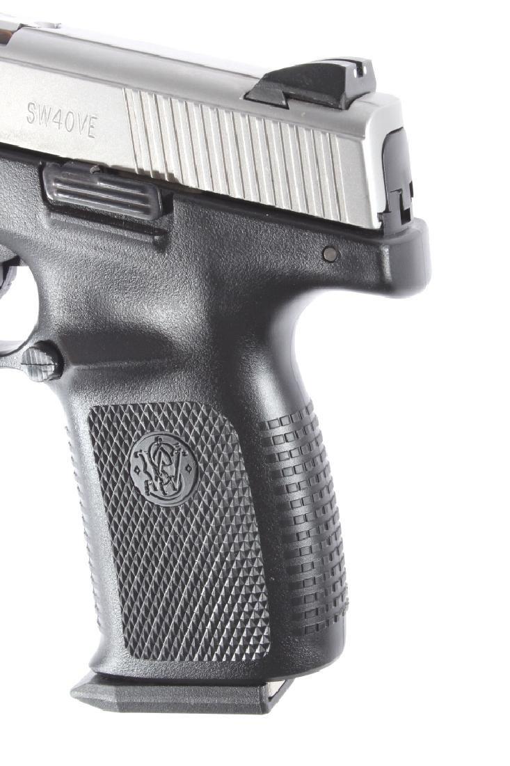 Smith & Wesson SW40VE .40S&W Semi-Auto Pistol - 15