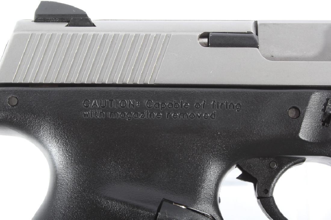 Smith & Wesson SW40VE .40S&W Semi-Auto Pistol - 5