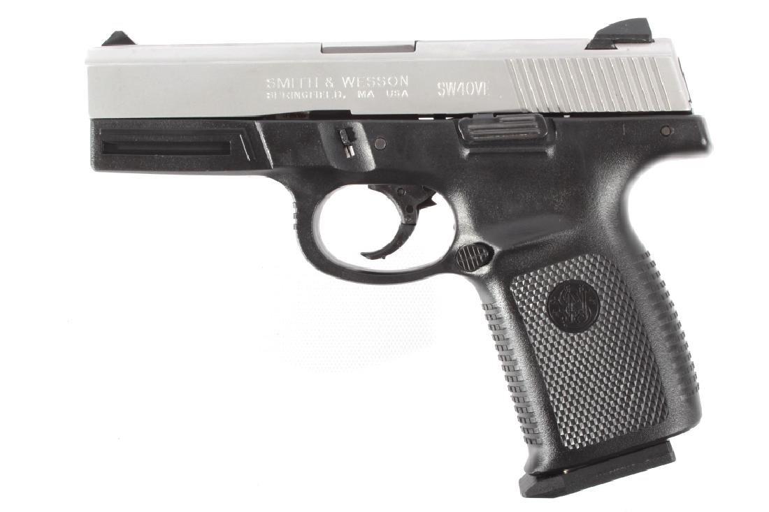 Smith & Wesson SW40VE .40S&W Semi-Auto Pistol - 6