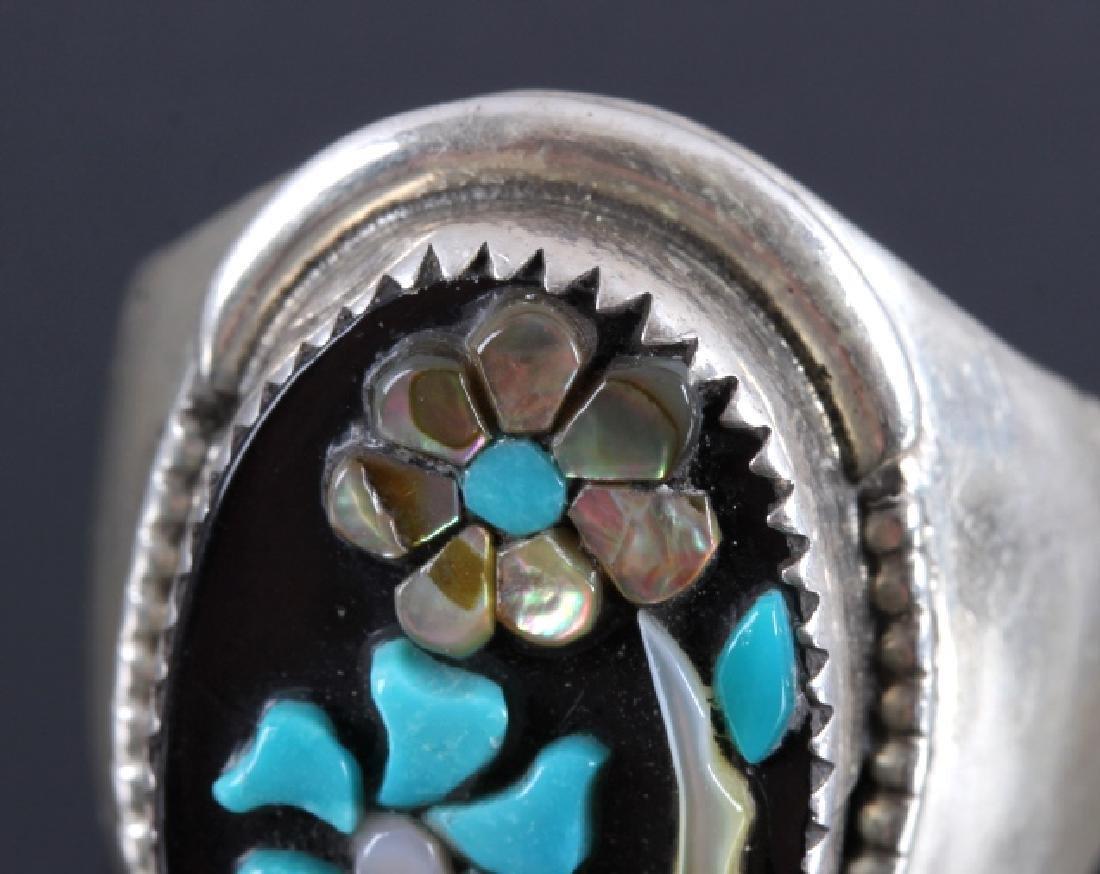 Signed Zuni Sterling Silver Flower Ring - 4