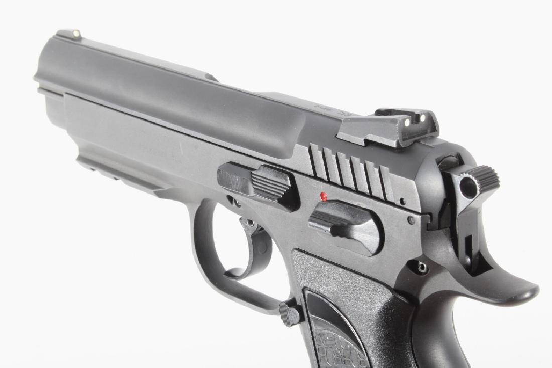 Tanfoglio EAA Witness 9mm/.22 LR Pistol w/Case - 12