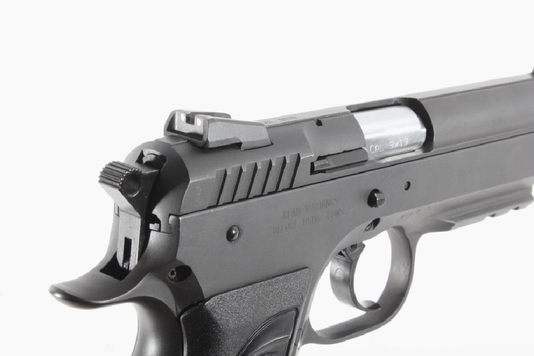Tanfoglio EAA Witness 9mm/.22 LR Pistol w/Case - 13