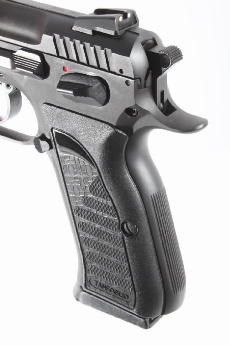 Tanfoglio EAA Witness 9mm/.22 LR Pistol w/Case - 19