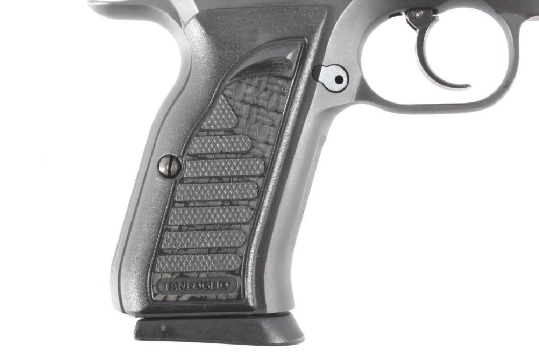 Tanfoglio EAA Witness 9mm/.22 LR Pistol w/Case - 2