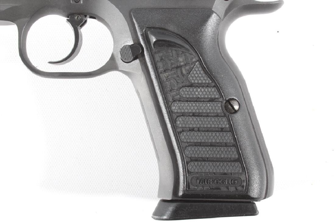 Tanfoglio EAA Witness 9mm/.22 LR Pistol w/Case - 8