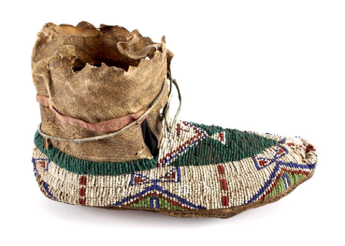 Oglala Lakota Sioux Beaded Moccasins c. 1860-1870 - 3