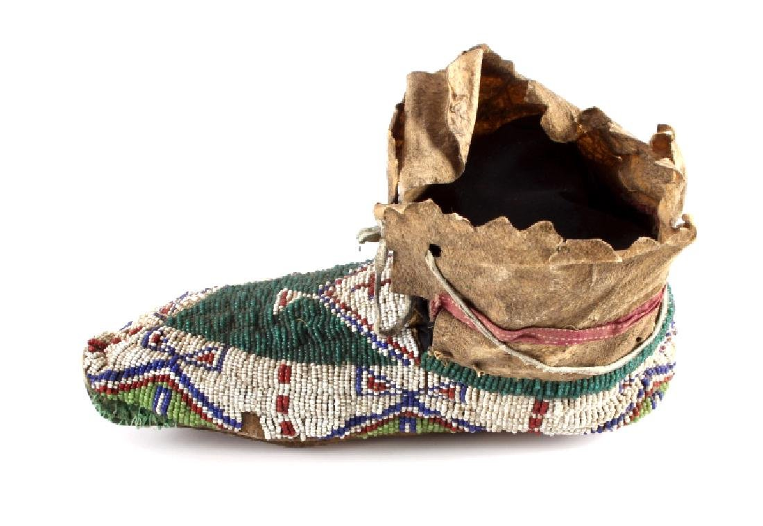 Oglala Lakota Sioux Beaded Moccasins c. 1860-1870 - 4
