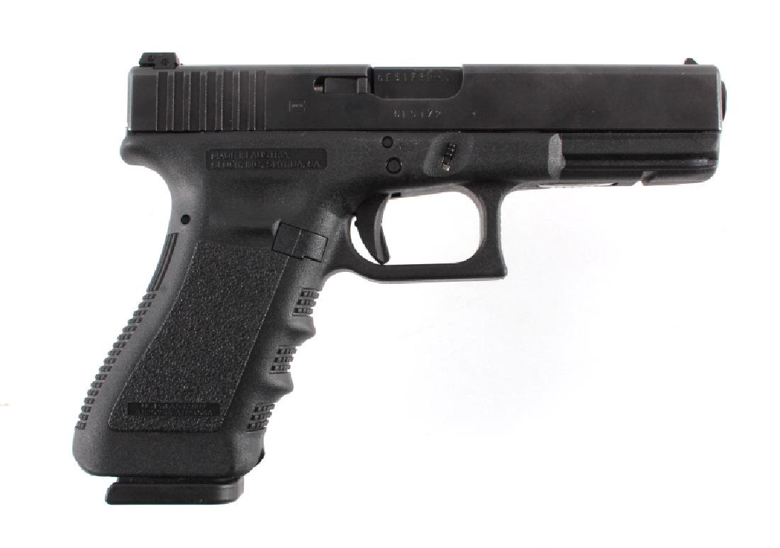 Glock Model 22 .40 Semi-Automatic Pistol - 2