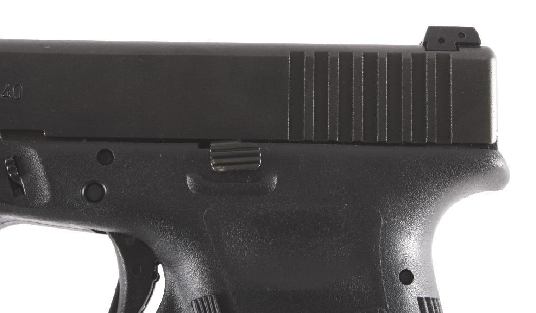 Glock Model 22 .40 Semi-Automatic Pistol - 4