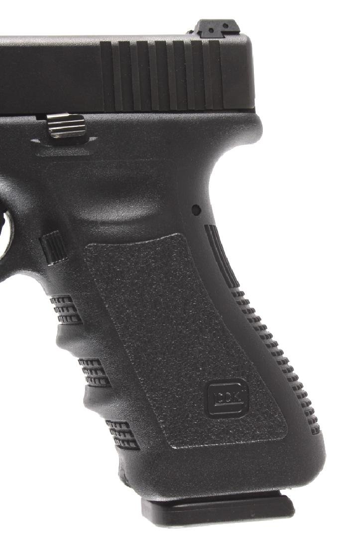 Glock Model 22 .40 Semi-Automatic Pistol - 6