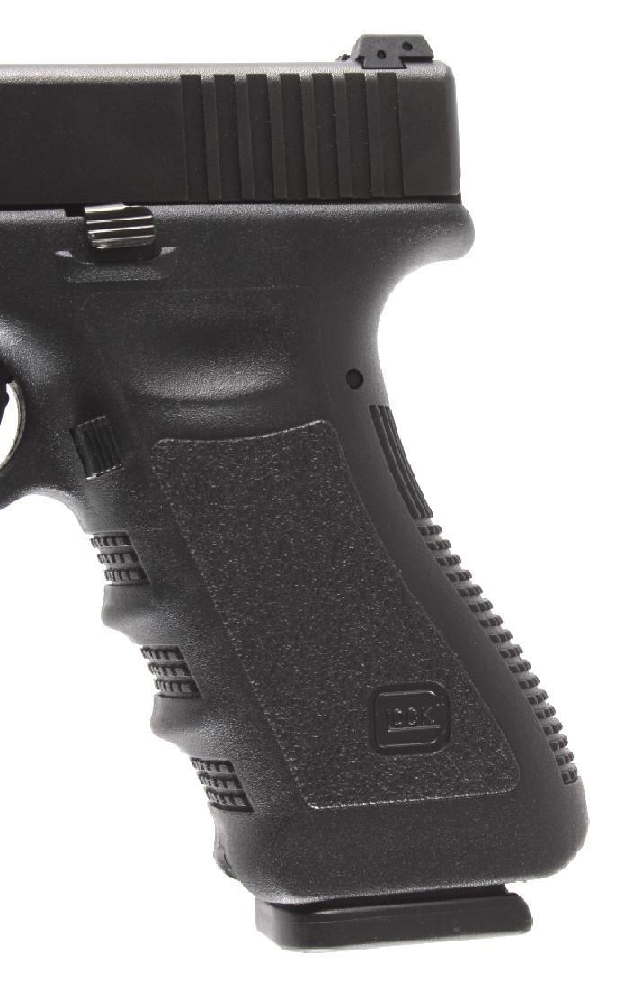 Glock Model 22 .40 Semi-Automatic Pistol - 6