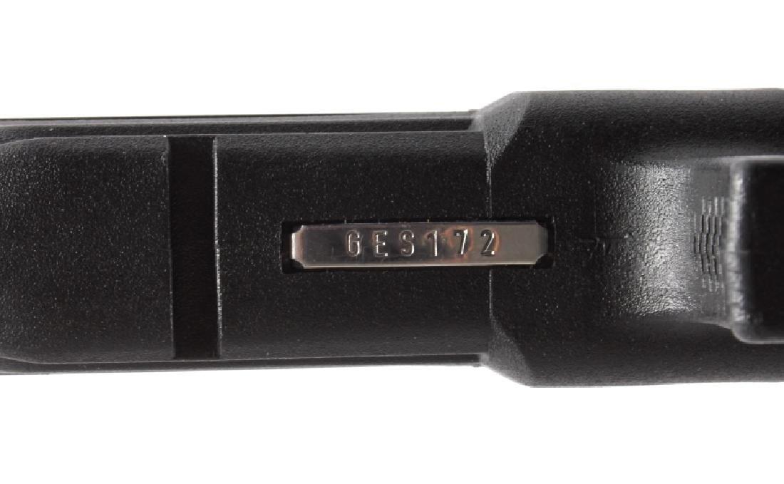 Glock Model 22 .40 Semi-Automatic Pistol - 9