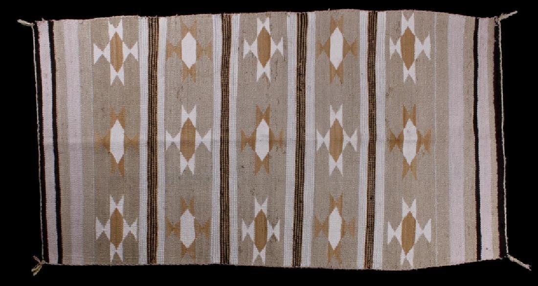 Navajo Chinle Pattern Wool Rug - 2