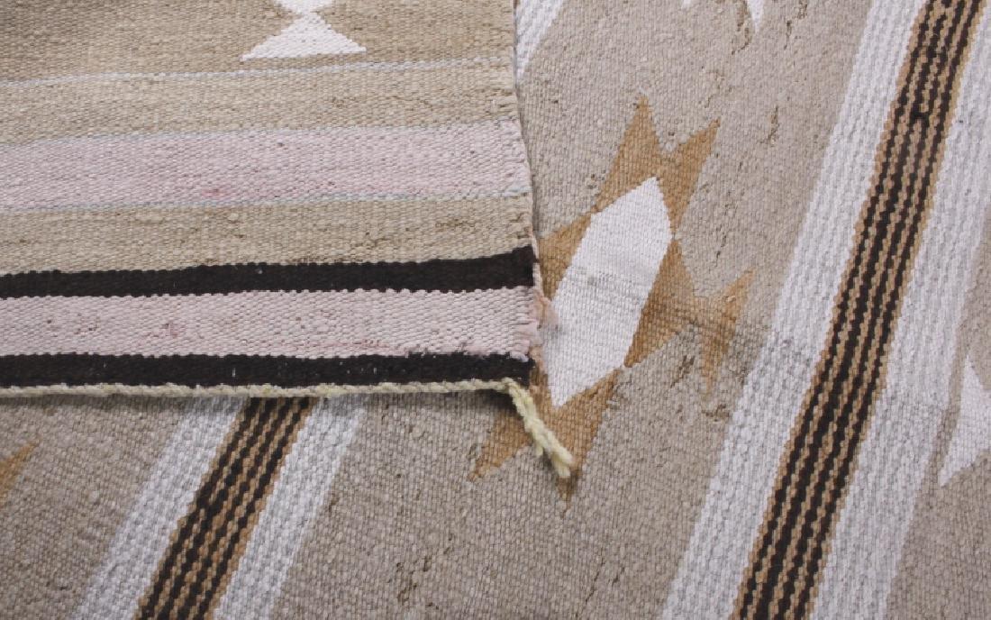 Navajo Chinle Pattern Wool Rug - 6