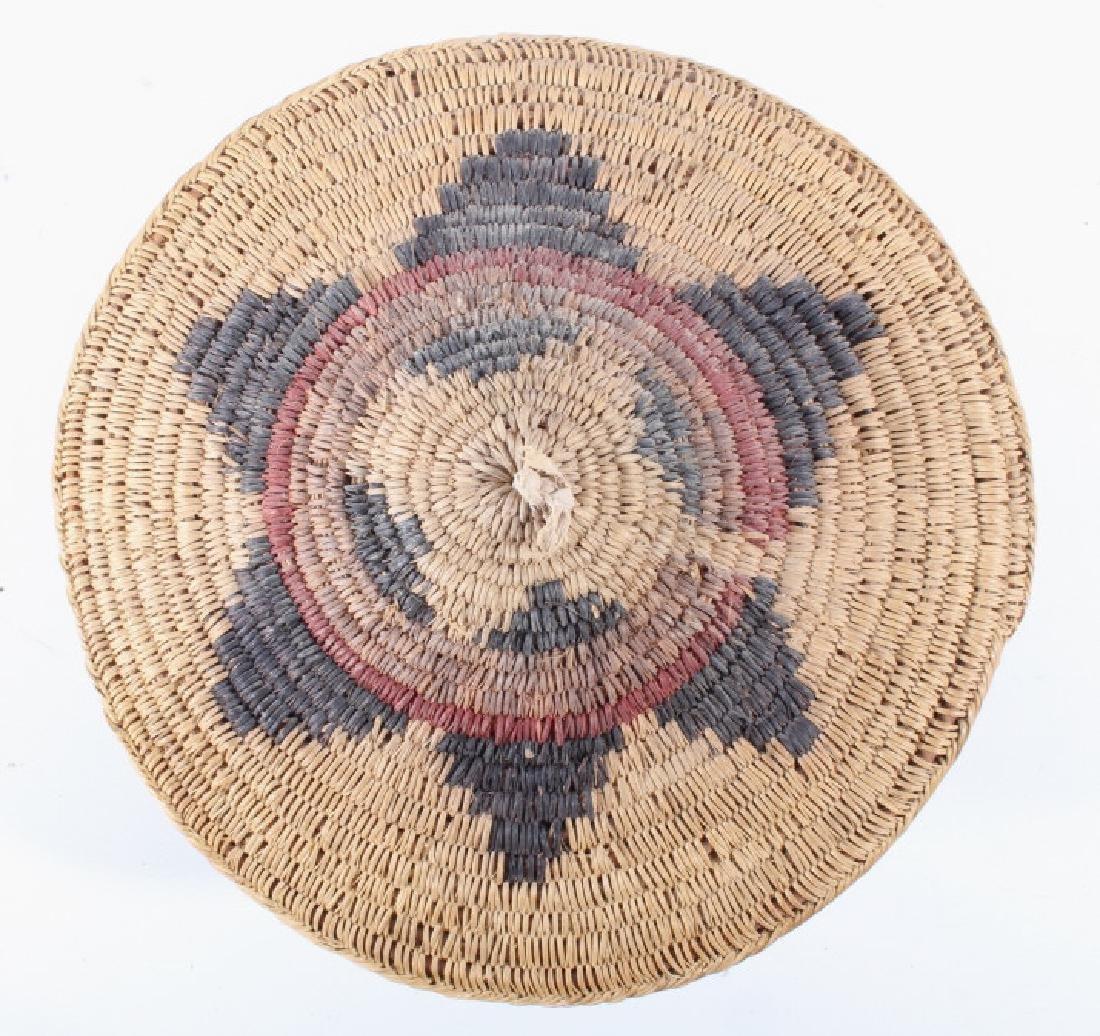 Navajo Traditional Coil Wedding Basket 19th C. - 3
