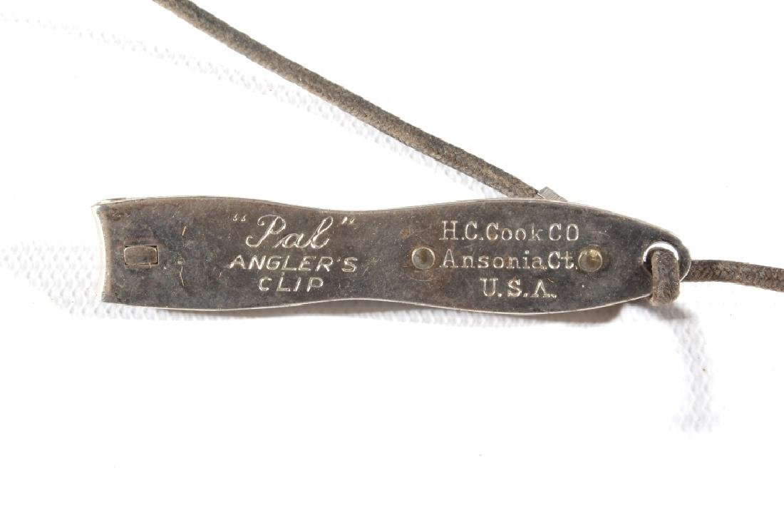 Early Leather & Wicker Fly Fishing Creel - 12