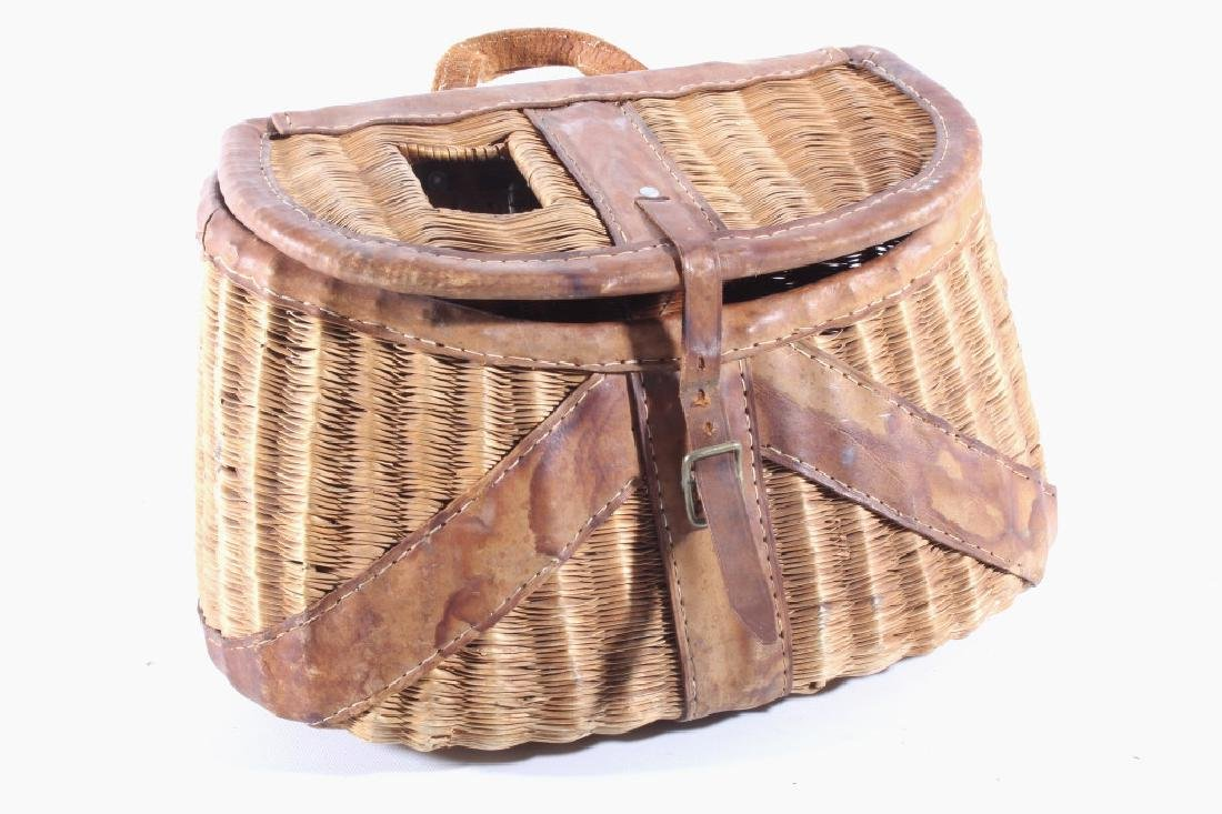 Early Leather & Wicker Fly Fishing Creel - 2