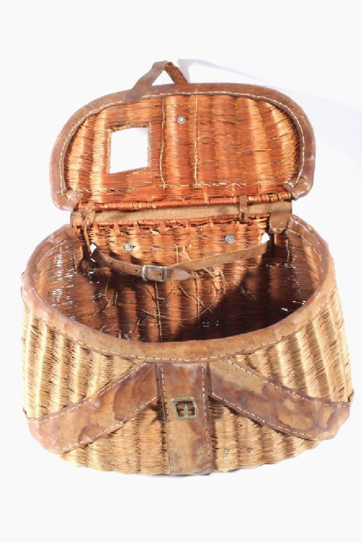 Early Leather & Wicker Fly Fishing Creel - 4