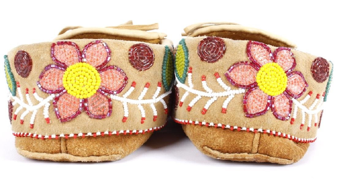 Chippewa Native Floral Beaded Leather Moccasins - 3