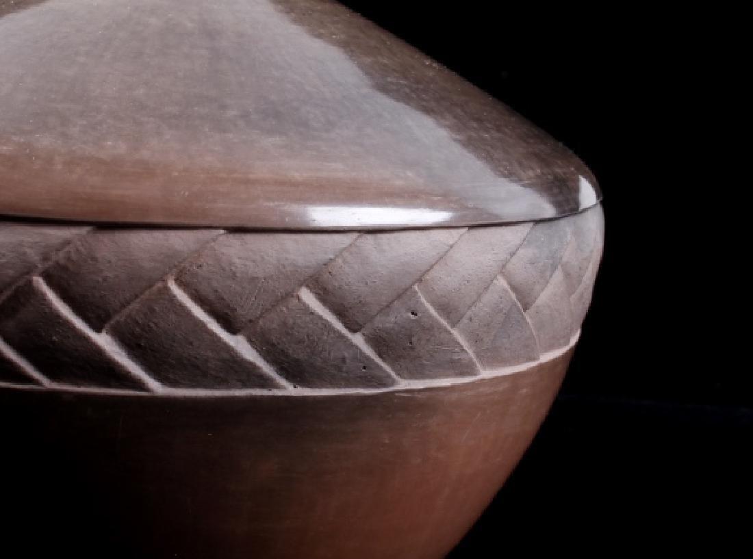 Melora Neaves Carved Terra Sigillata Pottery Vase - 3