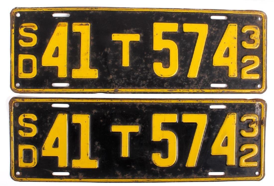 Matching 1932 South Dakota License Plates
