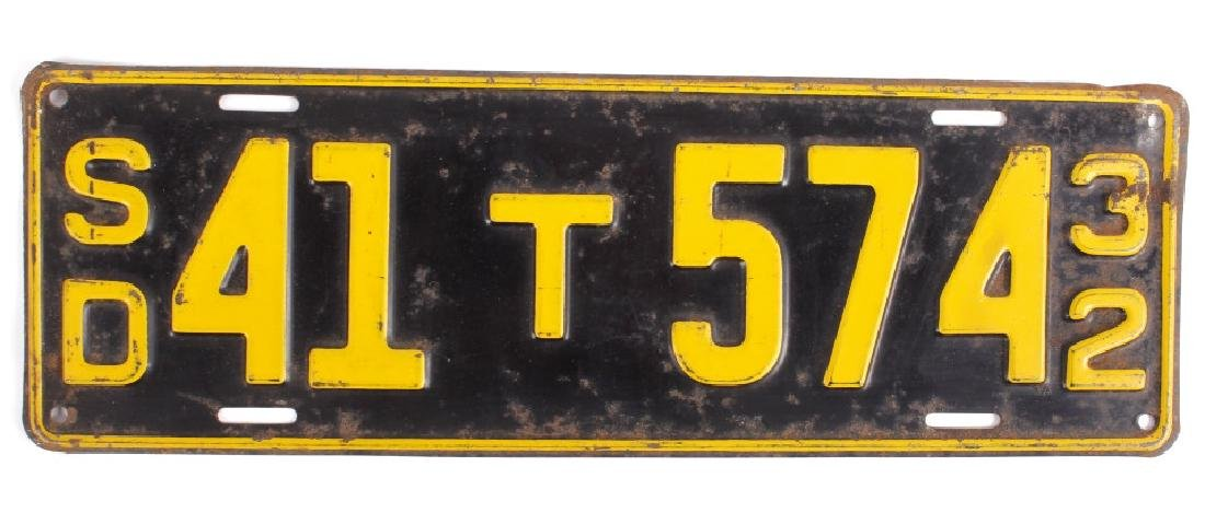 Matching 1932 South Dakota License Plates - 2