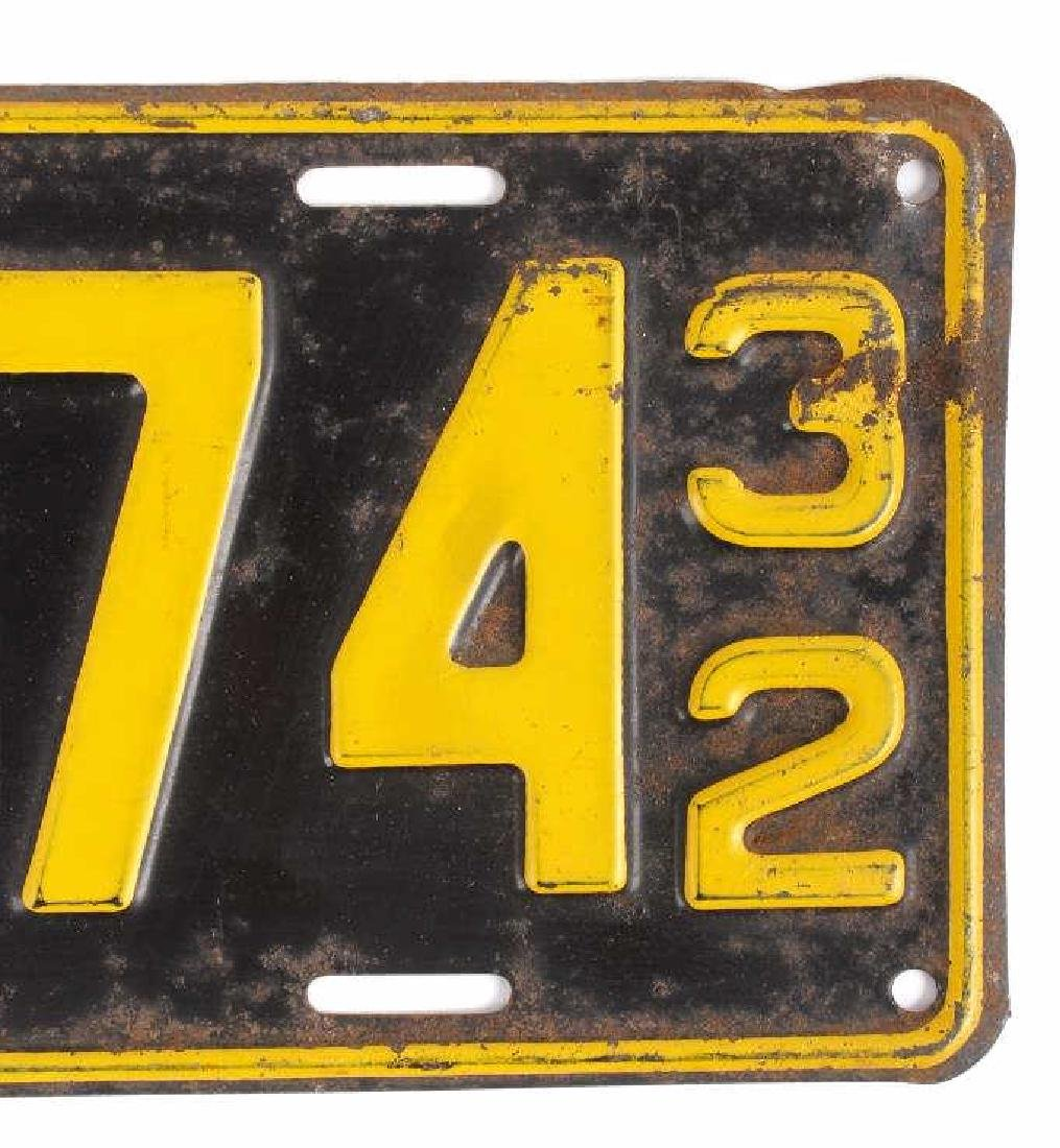 Matching 1932 South Dakota License Plates - 3