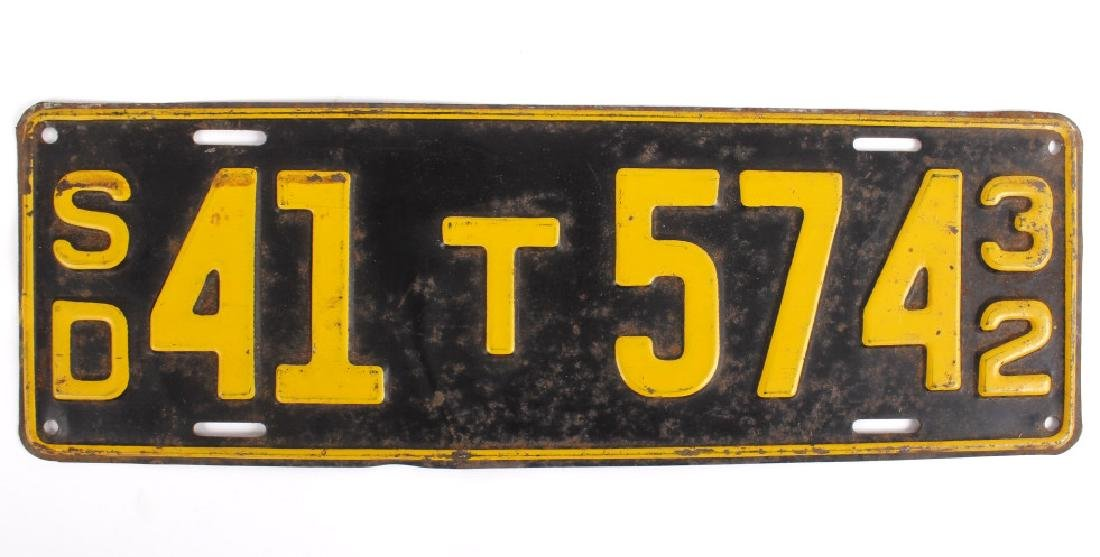 Matching 1932 South Dakota License Plates - 5