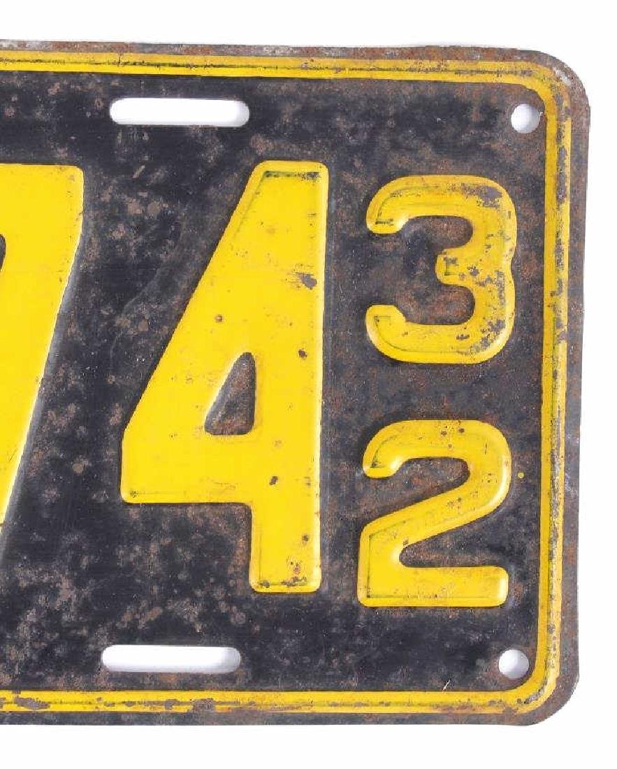 Matching 1932 South Dakota License Plates - 6