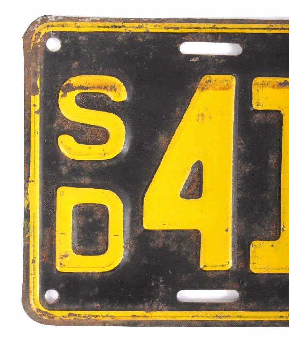 Matching 1932 South Dakota License Plates - 7