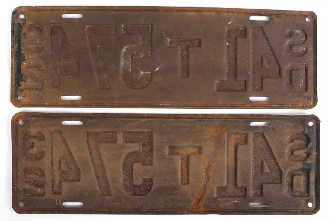 Matching 1932 South Dakota License Plates - 8