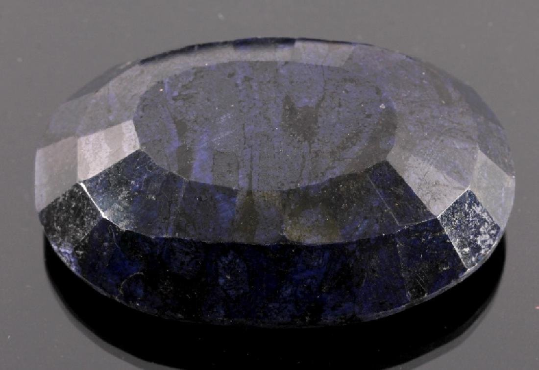 632ct. Faceted Natural African Sapphire Gemstone - 3