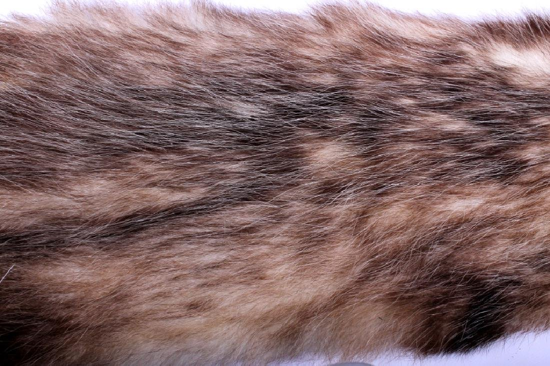 Beaver Rug And Possum/ Muskrat Hide Collection - 14