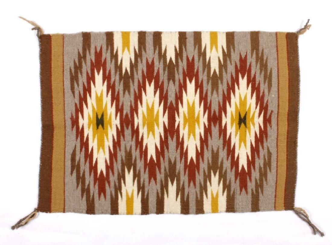 Navajo Chinle Pattern Wool Rug circa 1900-