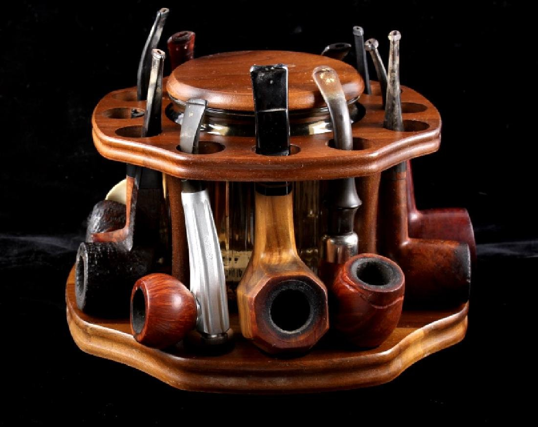 Pipe Collection With Pipe Rack