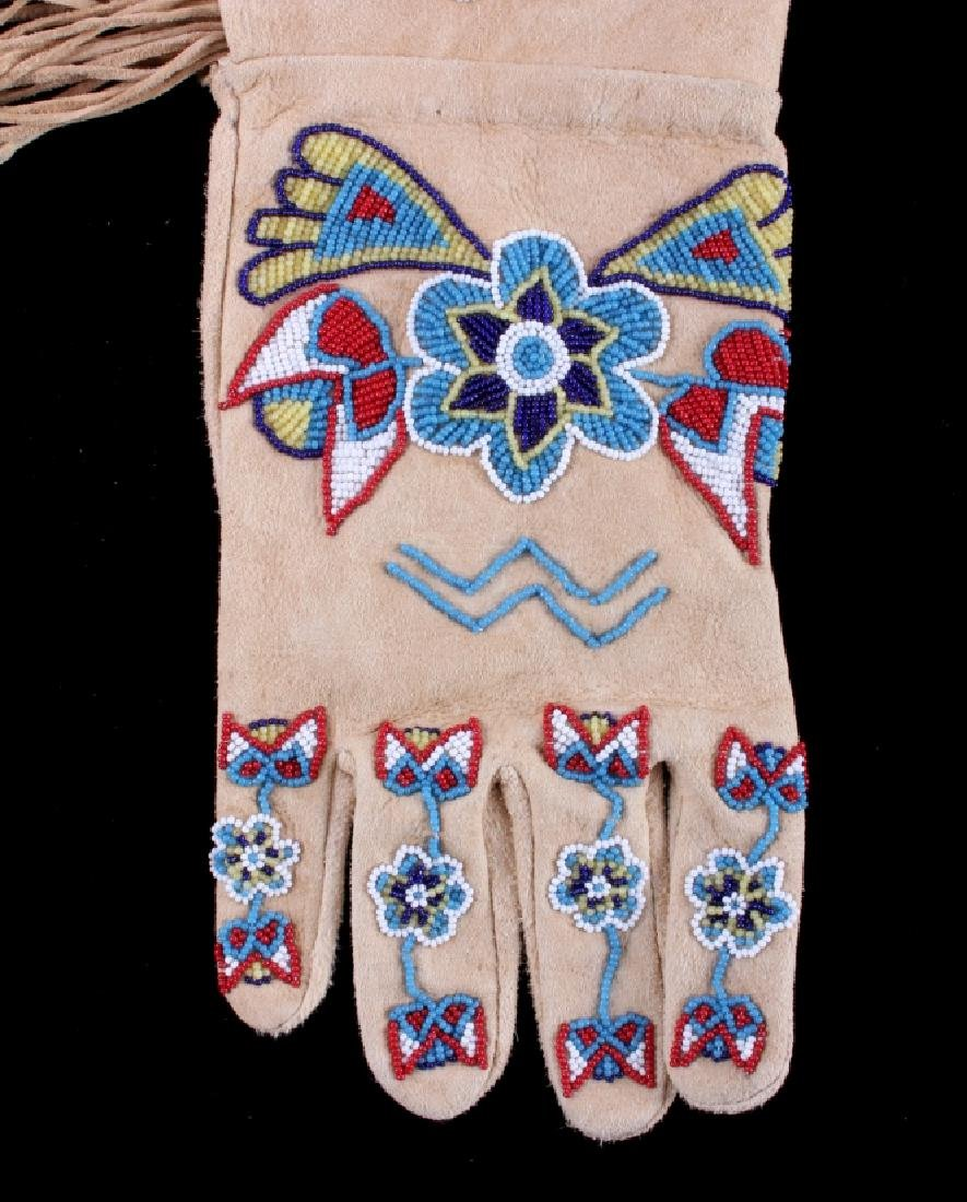 Exceptional Sioux Indian Beaded Gauntlets - 6