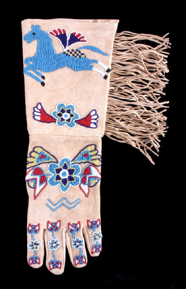 Exceptional Sioux Indian Beaded Gauntlets - 9
