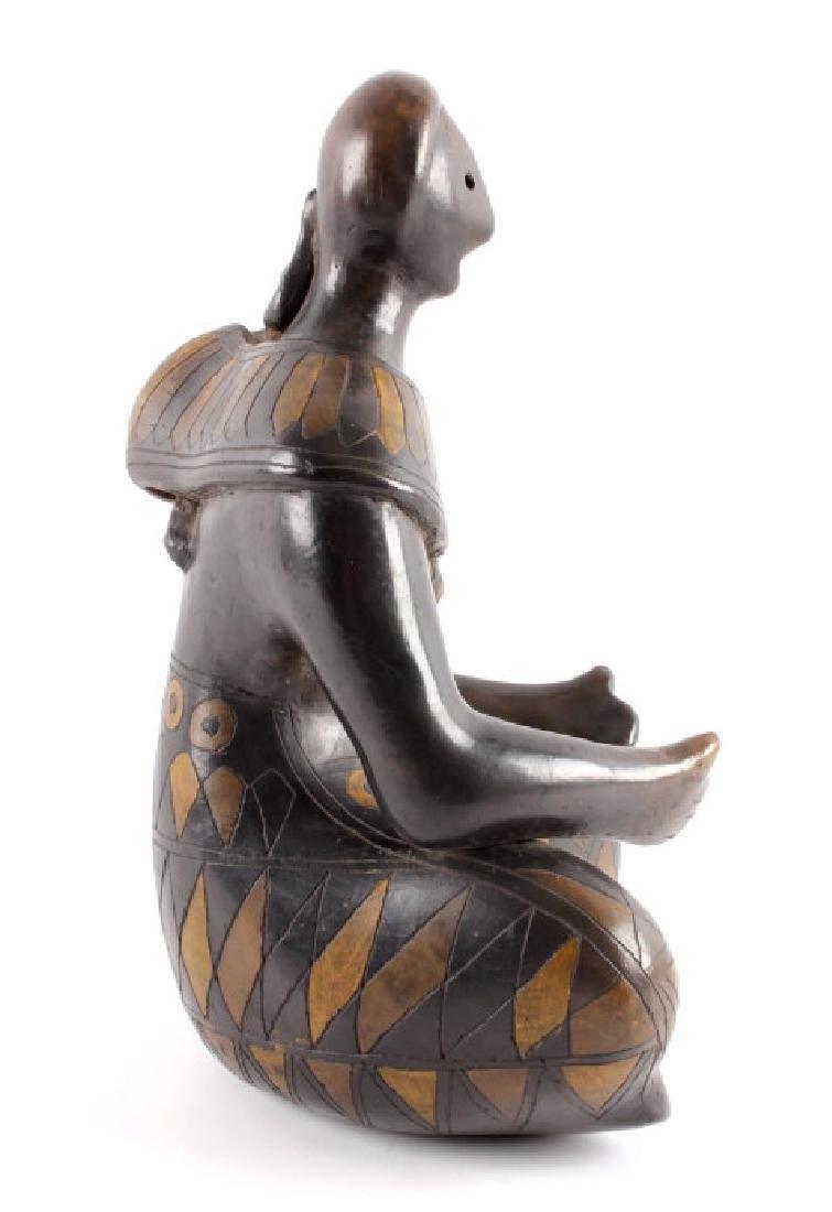 c.1910 Santo Domingo Woman & Child Pottery - 9