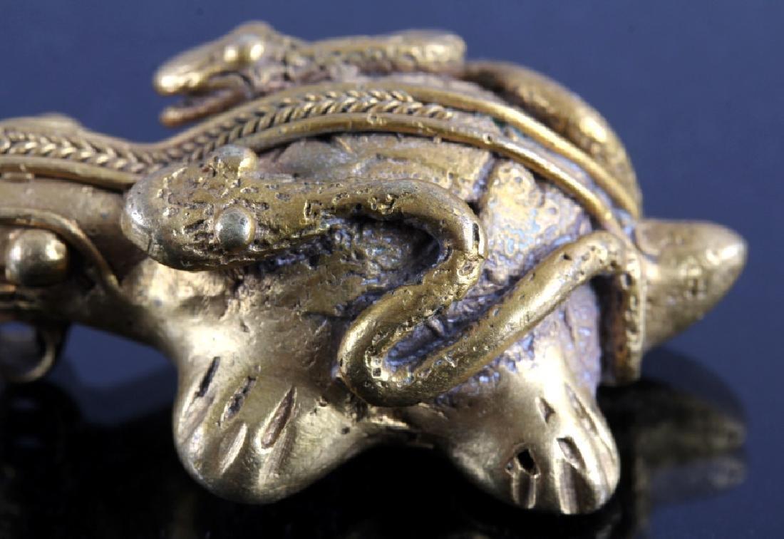Tairona Gold Effigy Pendant 200-1600 CE - 10