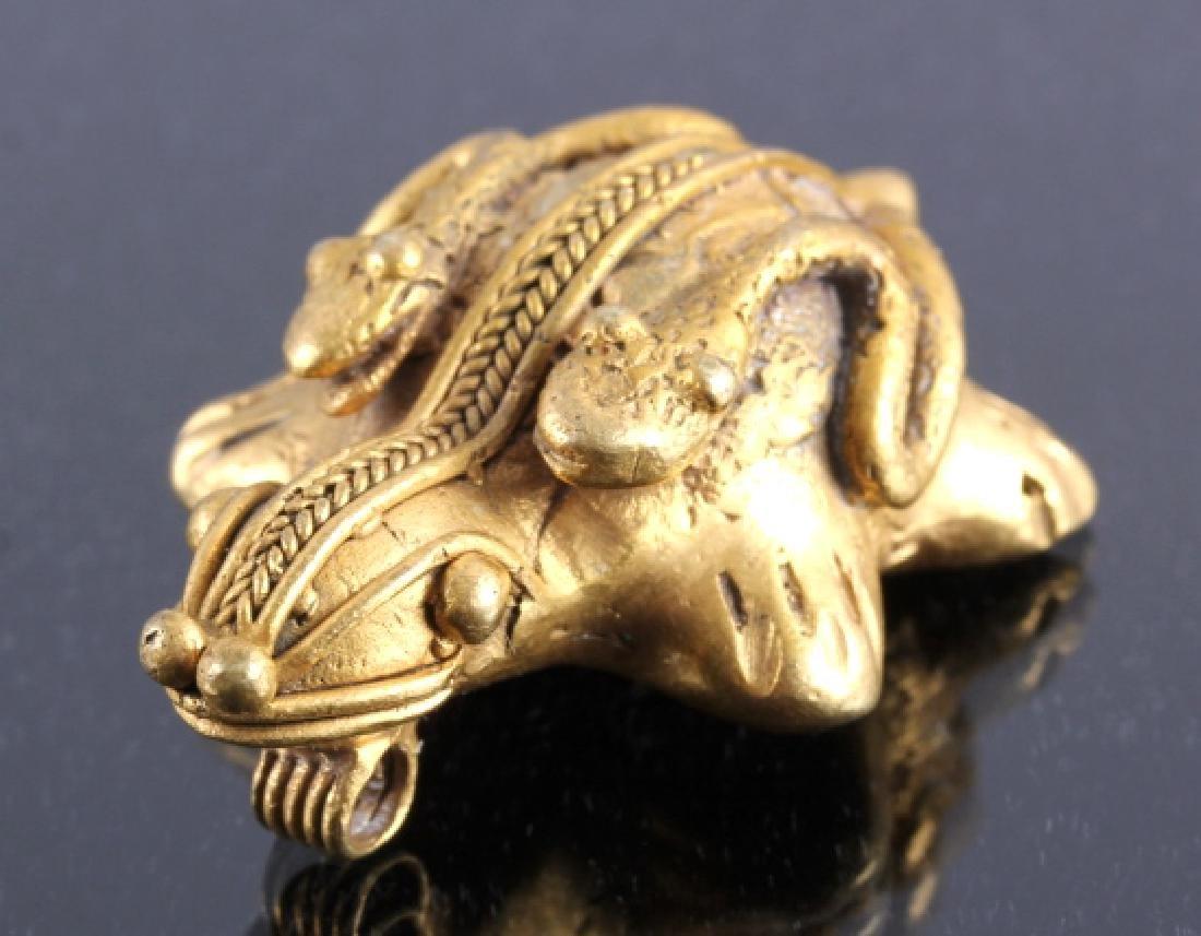 Tairona Gold Effigy Pendant 200-1600 CE - 2