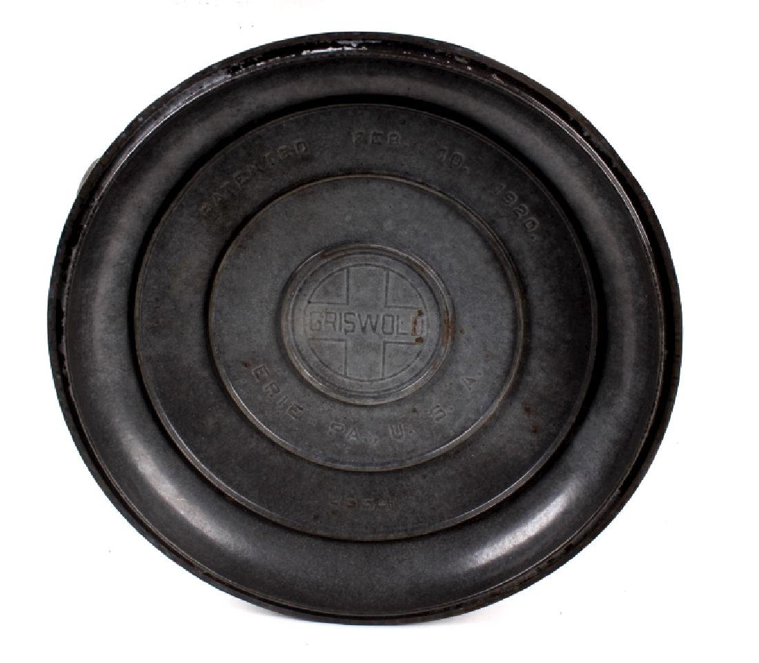 Griswold Cast Iron No. 11 Tite-Top Dutch Oven - 3