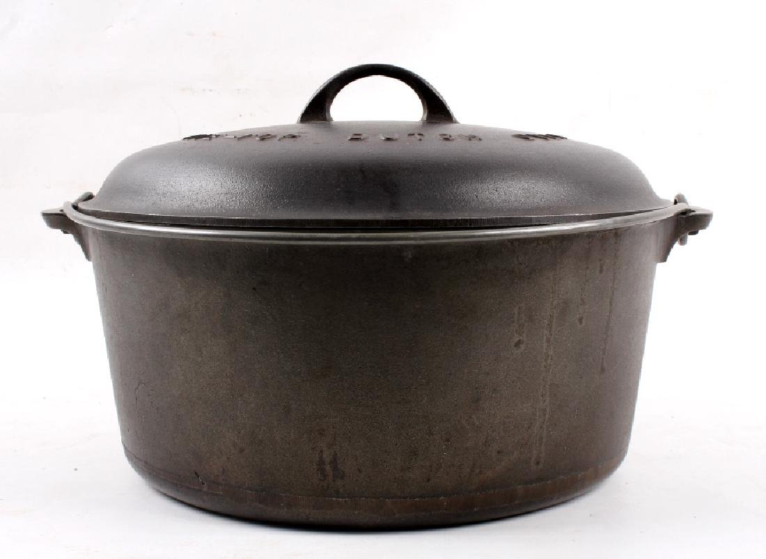 Griswold Cast Iron No. 11 Tite-Top Dutch Oven - 5