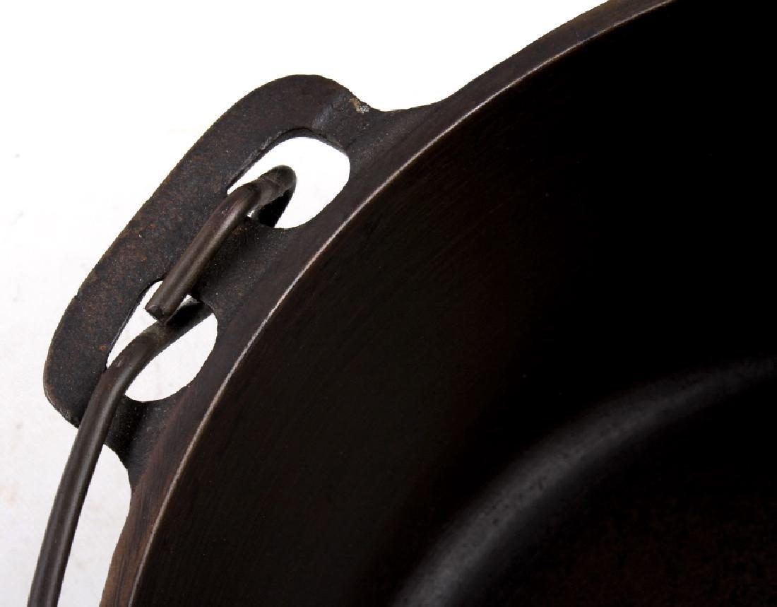 Griswold Cast Iron No. 10 Tite-Top Dutch Oven - 10