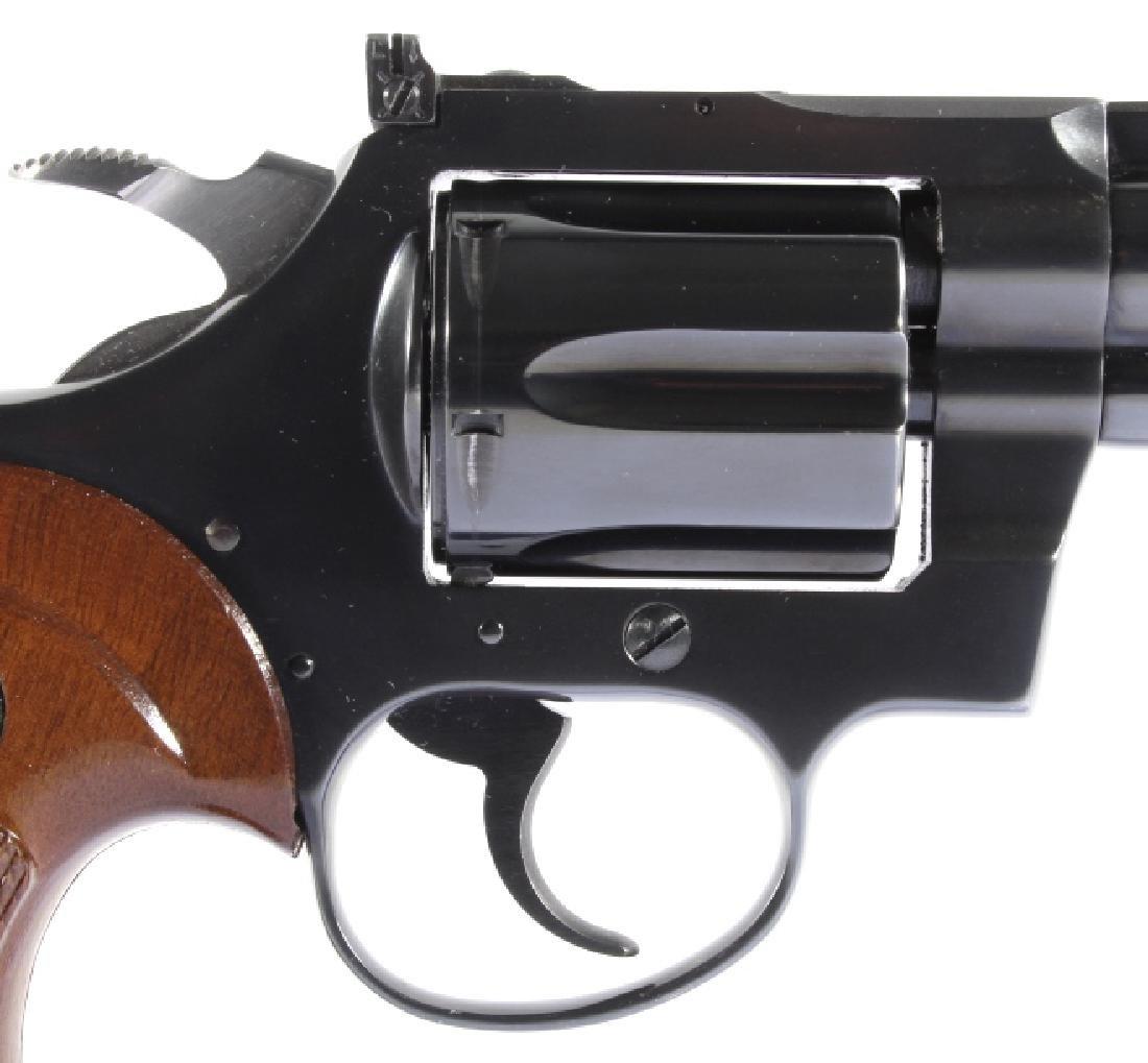Colt Diamondback D/A .22 Revolver 99%+ w/ Box - 18